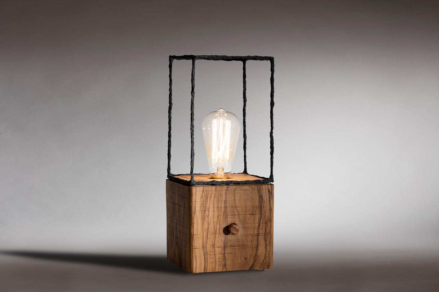 Lampada cubetto tonda design for Imitazioni lampade design